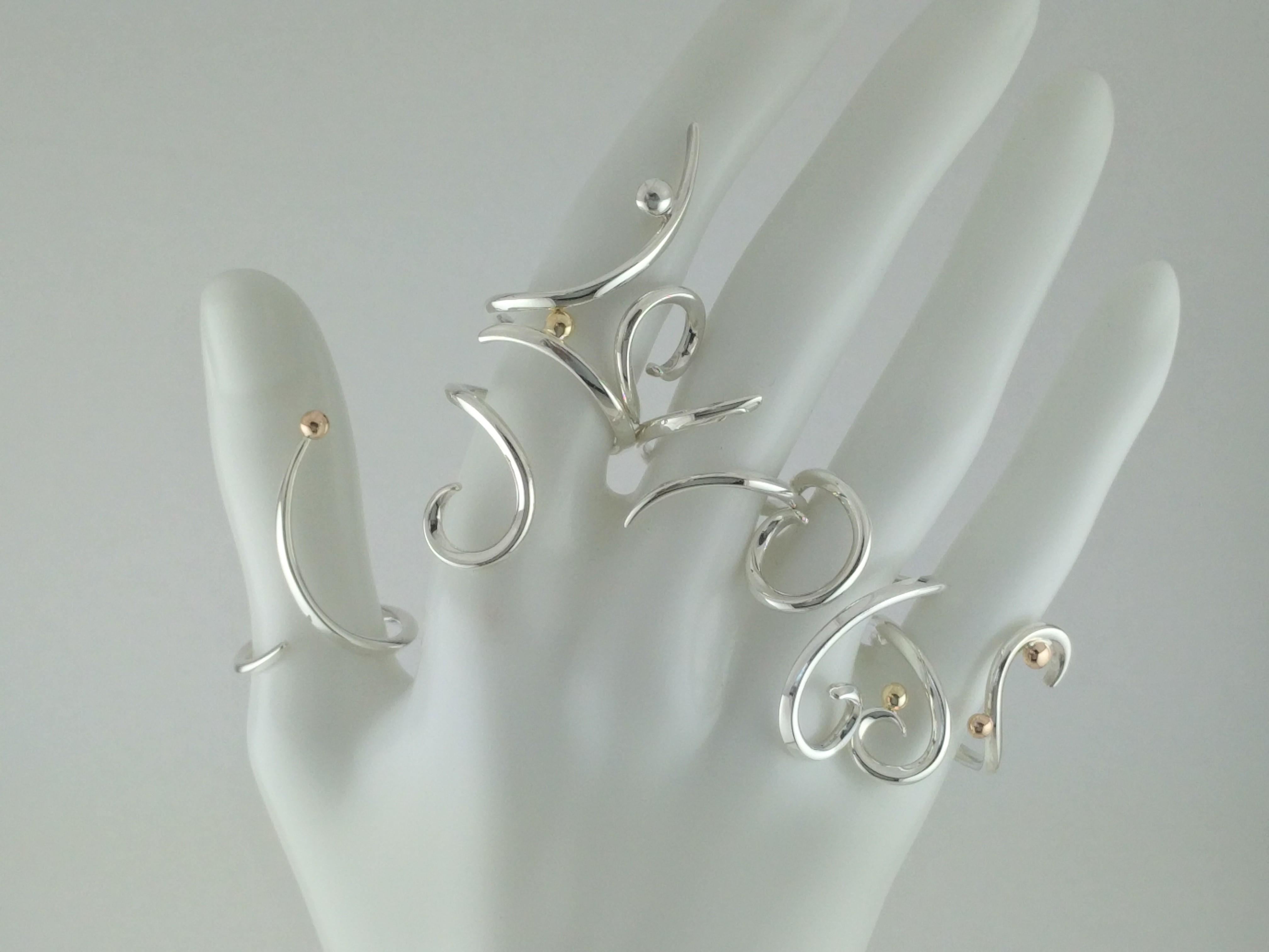 曲線モチーフの指輪 curved line motifed ring
