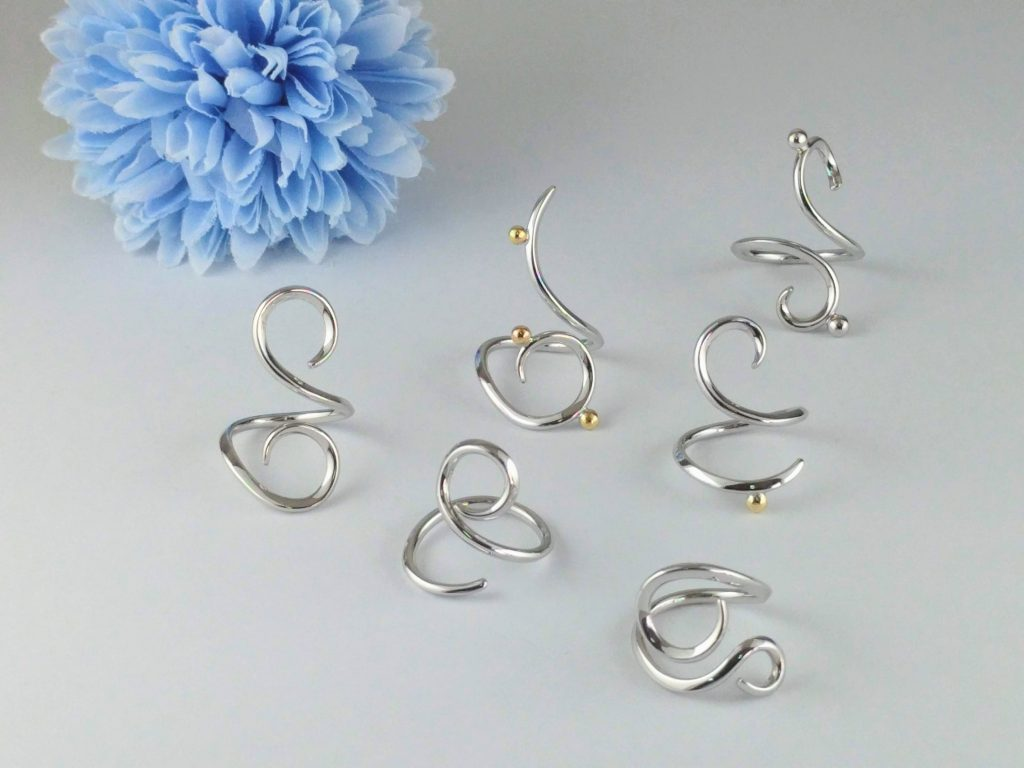 Free Curved Ring